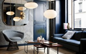salon-bleu-hotel-henriette-paris-min